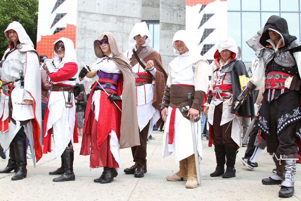 Assassin S Creed Cosplay Costume With Images Assassins Creed