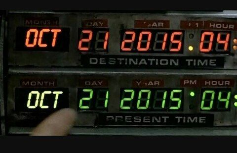 Quedan tan solo 8 días para regresar al fururo!! #backtothefuture #martymcfly #stevenspielberg #robertzemeckis Regreso al futuro: parte II (1989). Película de culto de la que todos esperamos la llegada de esas increíbles zapatillas con robocordones el aerodeslizador y la Pepsi Perfect que ya es una realidad  #pepsiperfect #michaeljfox #cine #classicmovie  @michaeljfoxorg 21 octubre 2015 el gran día. (Oct. 21st)