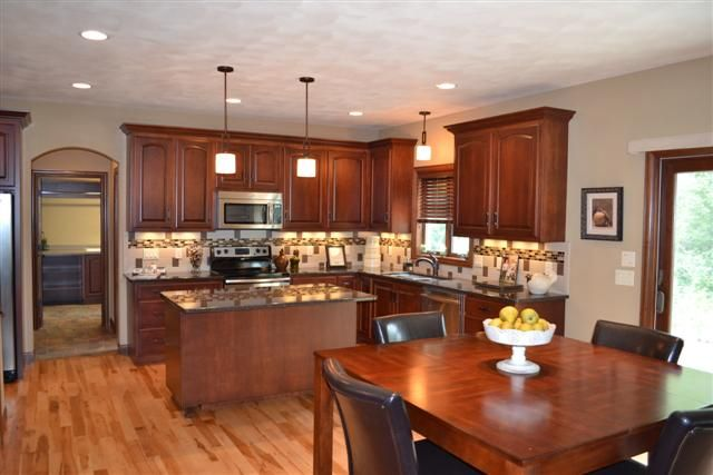 Maple cabinets with tile backsplash (With images)   Maple ... on Kitchen Tile Backsplash Ideas With Maple Cabinets  id=88421