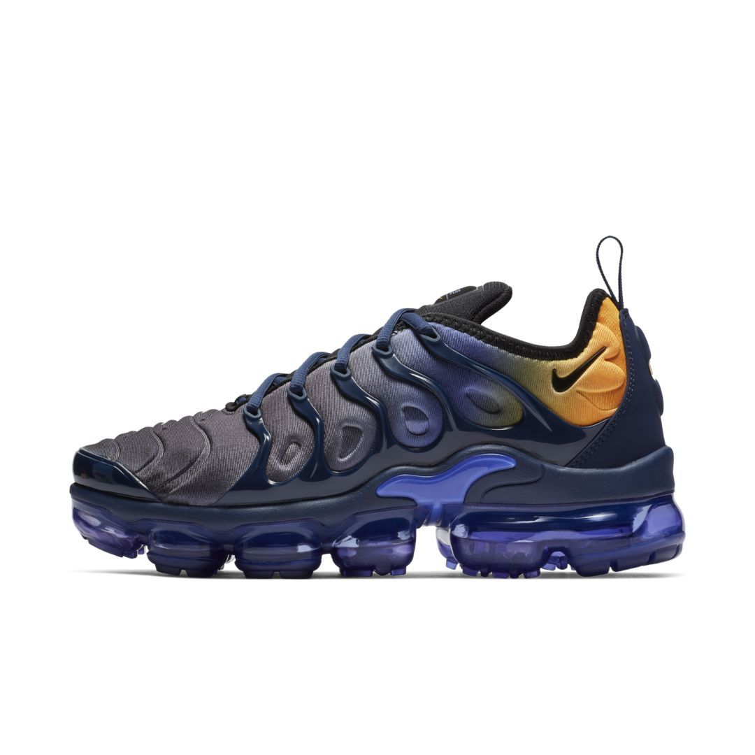 82f6ab3ad34b6 Nike Air VaporMax Plus Women s Shoe Size 5.5 (Persian Violet)