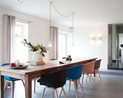 Idées Déco Pour Une Salle à Manger Contemporaine Avec Un Mur Blanc - Table carree blanc laque avec rallonge pour idees de deco de cuisine