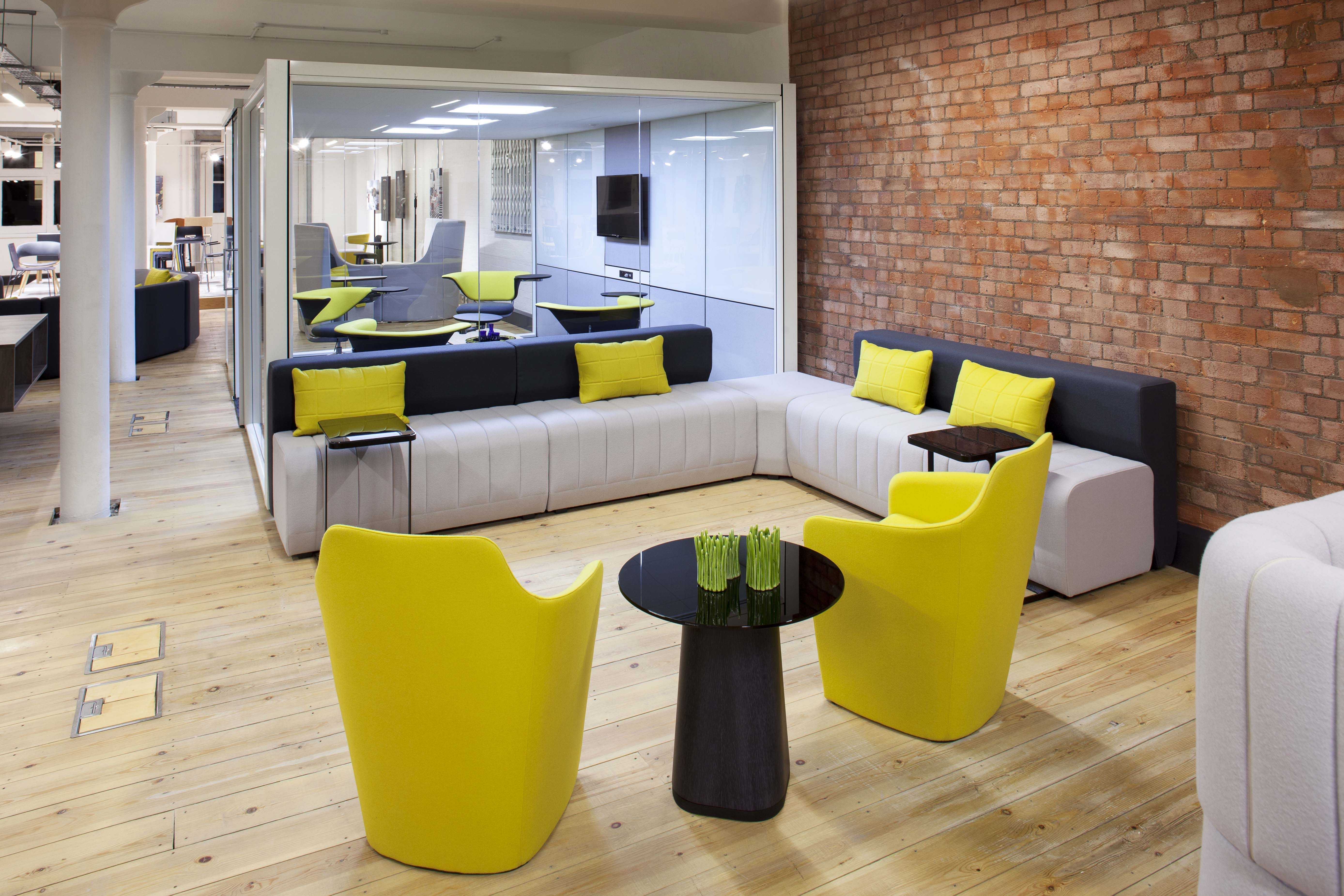 Haven Bench and Venus by Allermuir | design | furniture ...