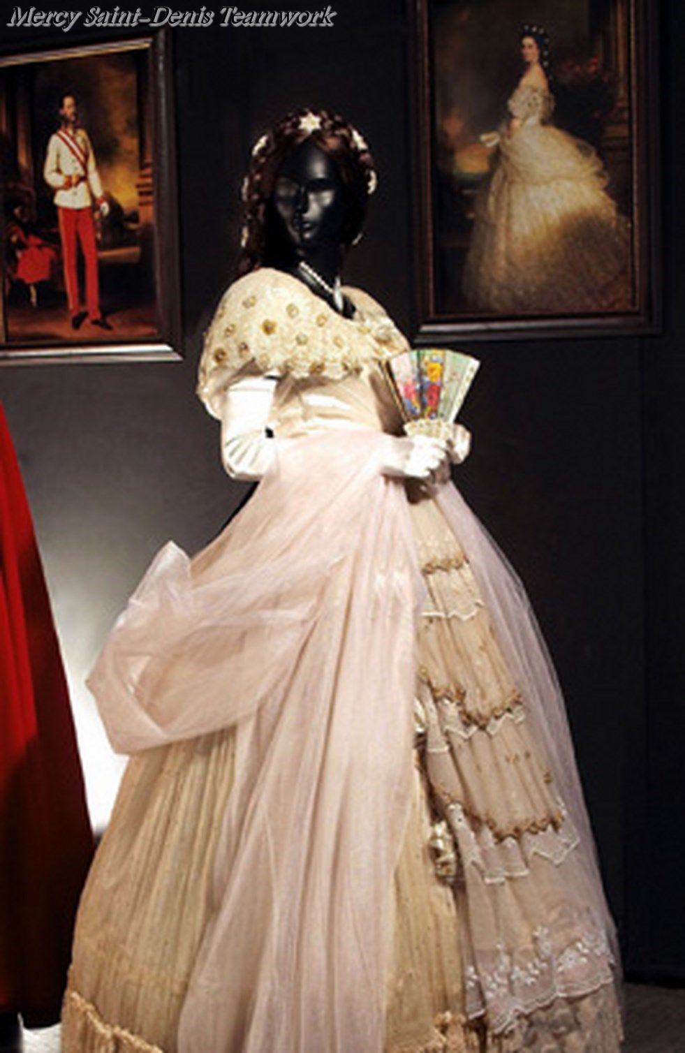 Dress worn by Empress Elisabeth of Austria, late 1800s. Sissi Museum ...