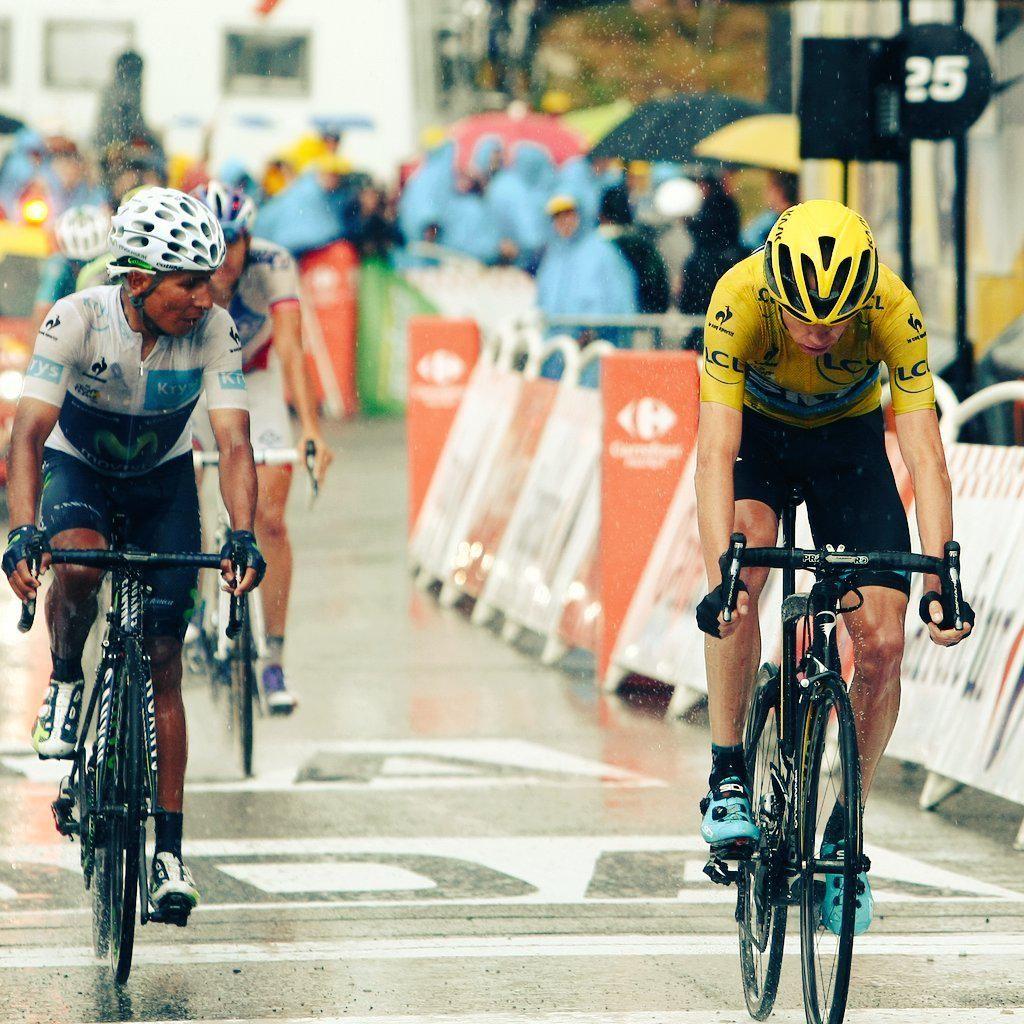 Mundo Ciclistico @mundociclistico Froome llega dejándolo todo en el camino para evitar los ataques de @NairoQuinCo y @alejanvalverde #TDF #TDF2015 pic.twitter.com/qAUDSNmzL0