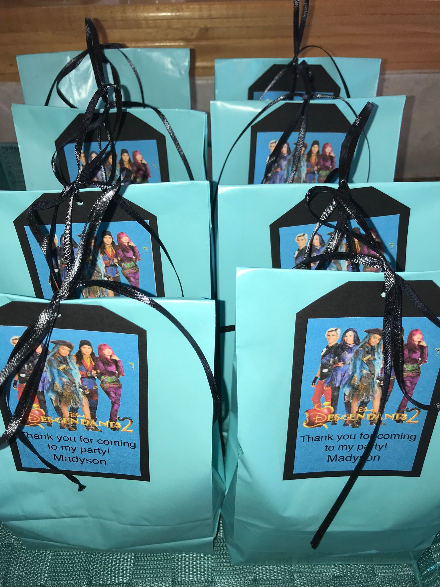 The loot bags disney descendants pinterest loot bags