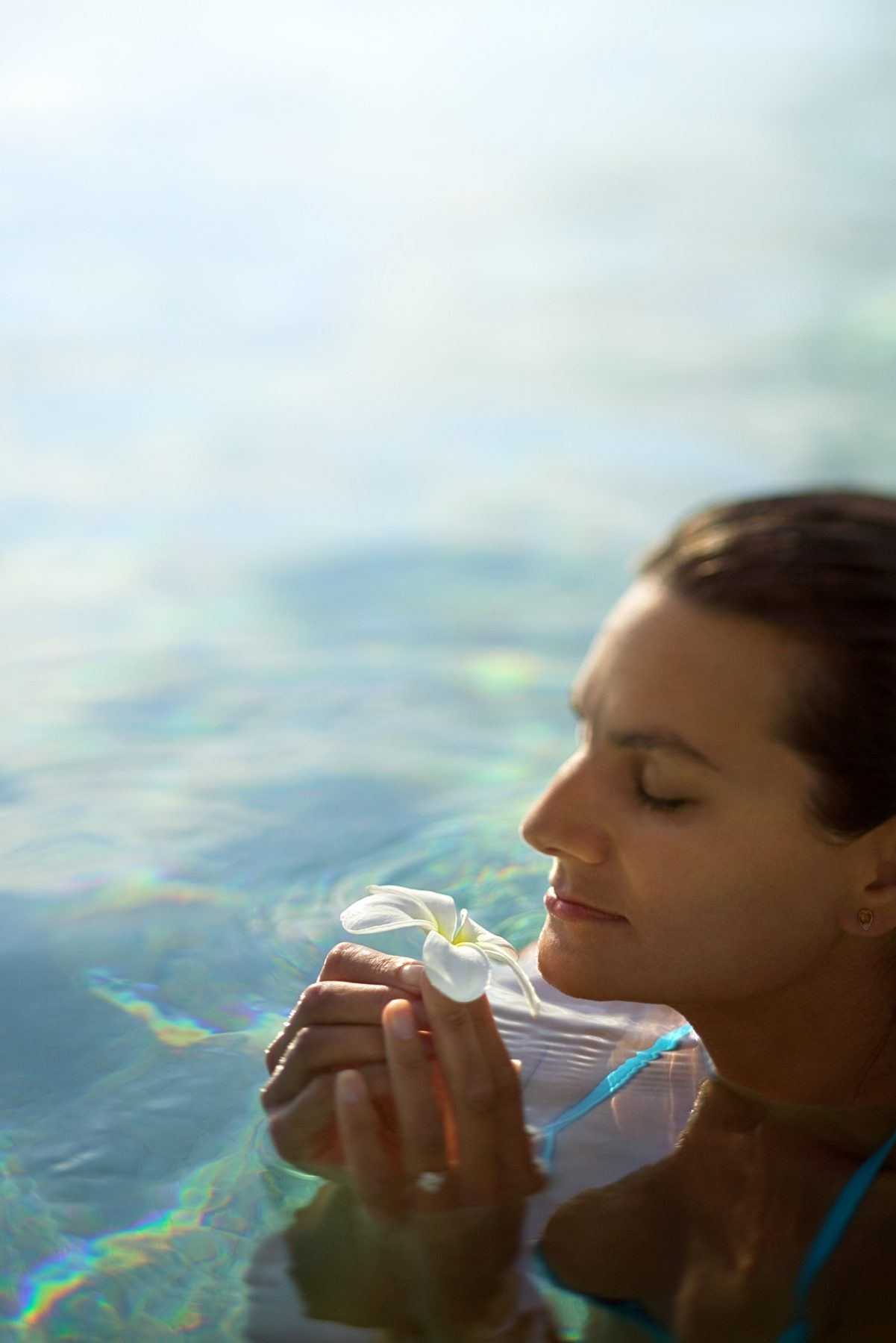 How to Make the Hot Tub Water Smell Good Cleaning hot