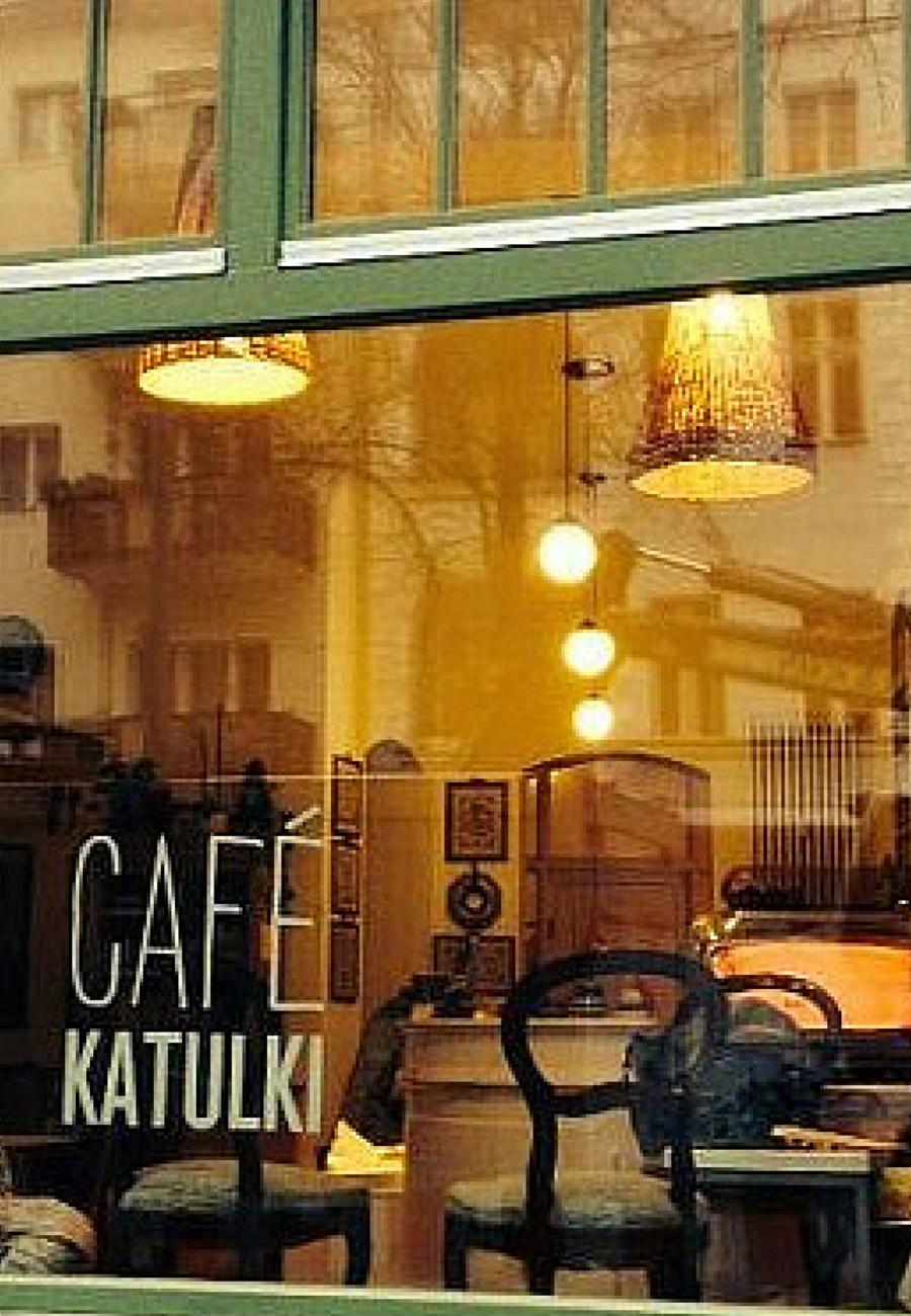 Küchenbau Berlin im cafe katulki in berlin stößt auf unfassbar leckere und
