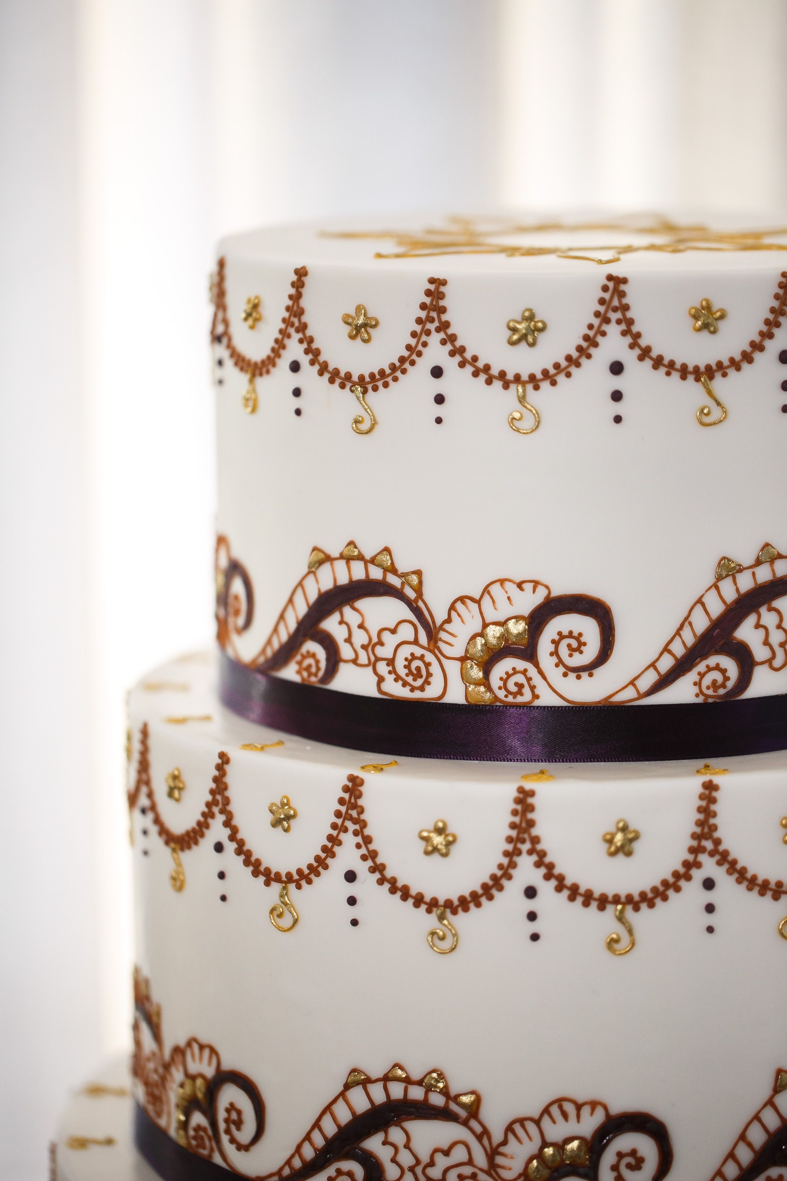 3 tier wedding cake • bold modern elegant • intricate hand-piped ...