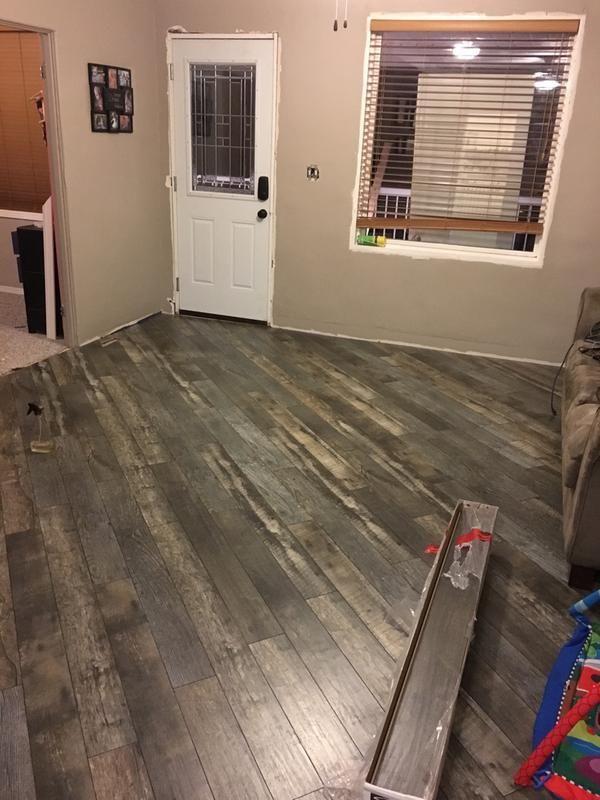 Kronotex 12mm Silver Oak Embossed Laminate Flooring Lowes Canada