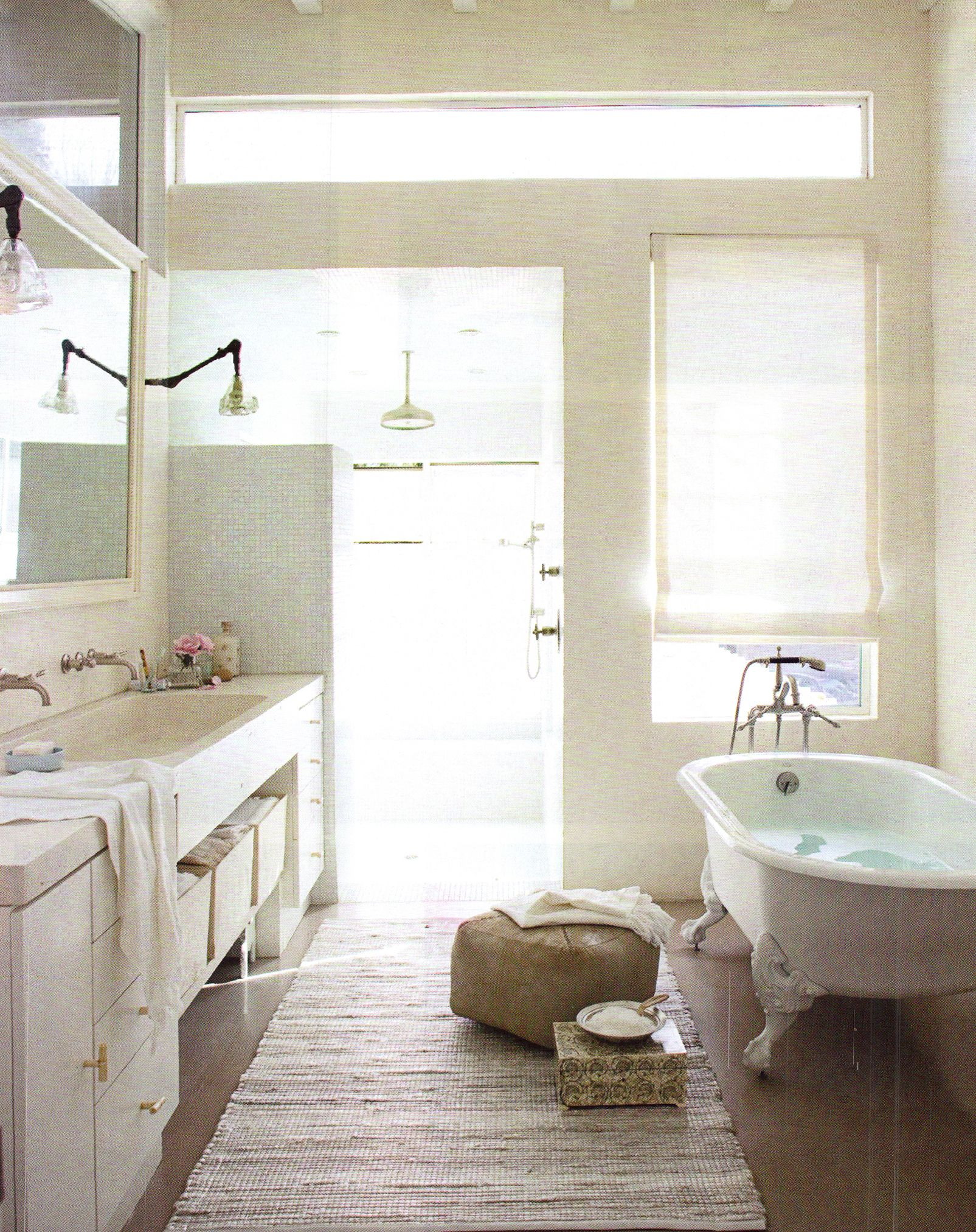 large double sink & clawfoot tub | Bathroom Ideas | Pinterest | Tubs ...