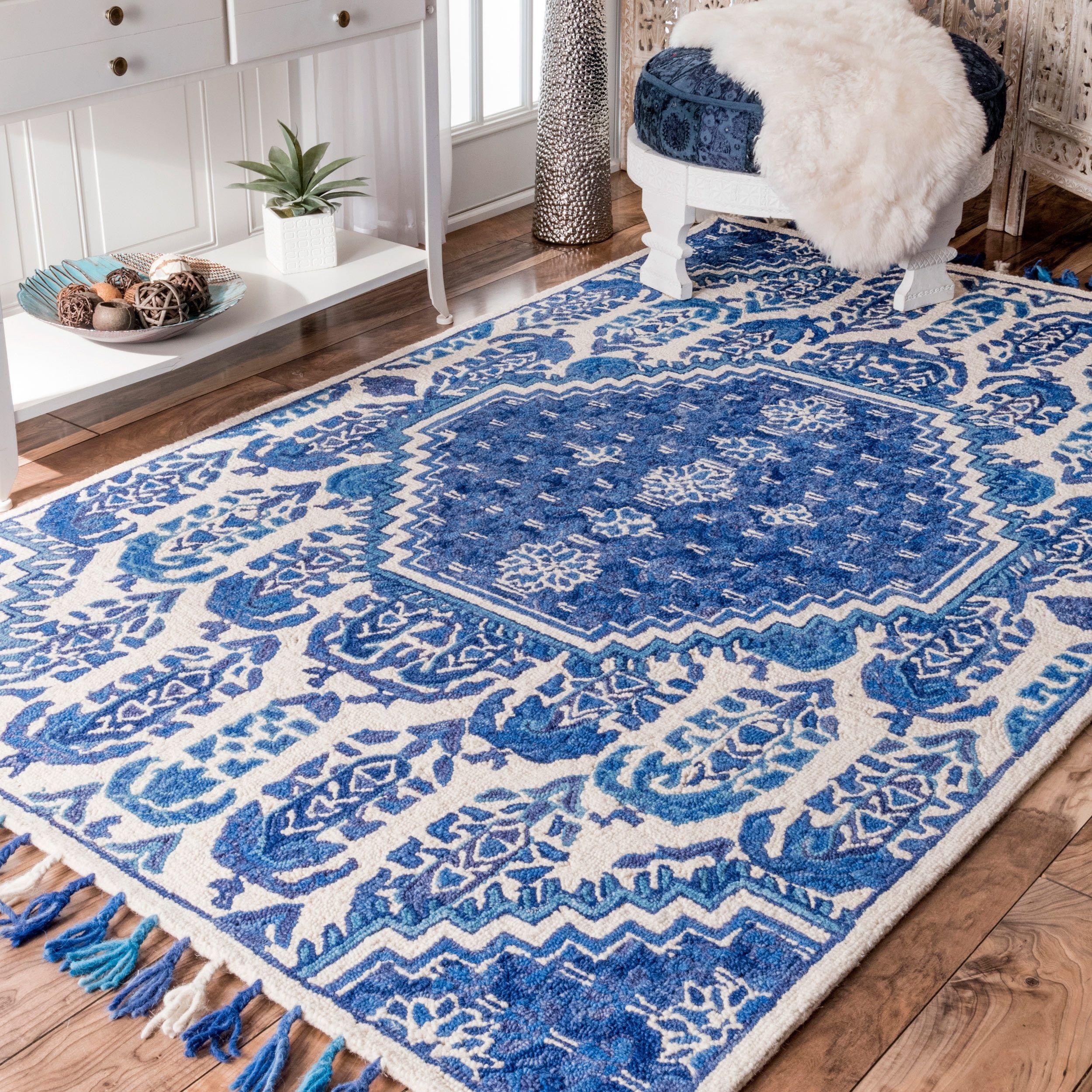 rug for living room size%0A nuLOOM Handmade Tufted Wool Paisley Tassel Blue Rug    u      x   u