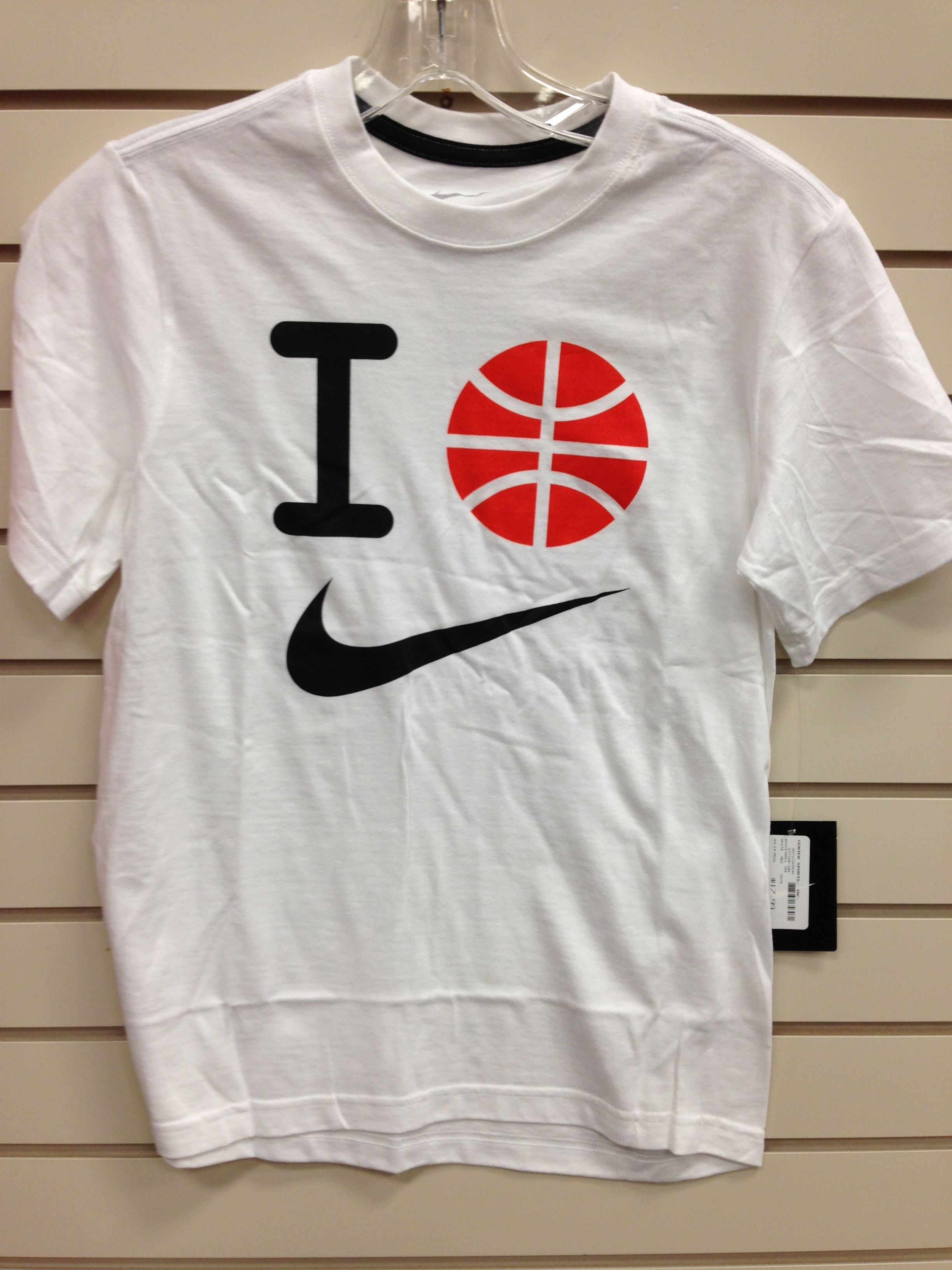 bd1eaffb22f3 Youth Nike T-Shirt