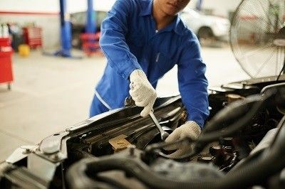 Signs You May Have A Bad Transmission Iautohaus Mobile Mechanic Car Mechanic Mechanic