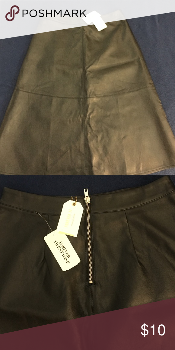 Leather flare skirt Super cute leather flare skirt NWT!!! Never worn!! Forever 21 Skirts Circle & Skater