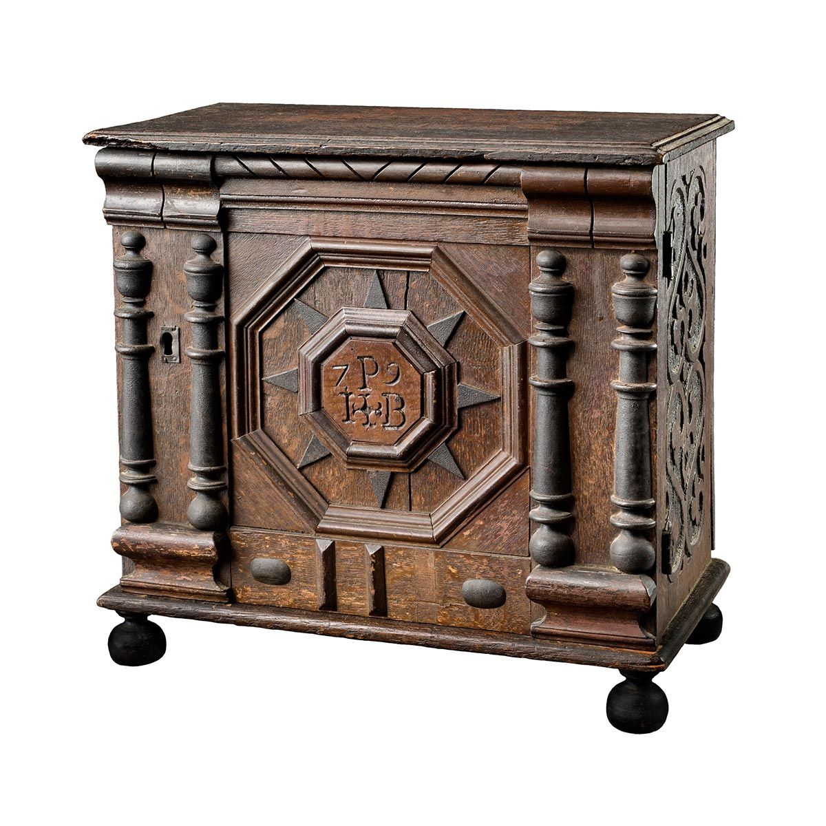 Four Centuries of Massachusetts Furniture - Furniture Highlights Four Centuries Early American Furniture