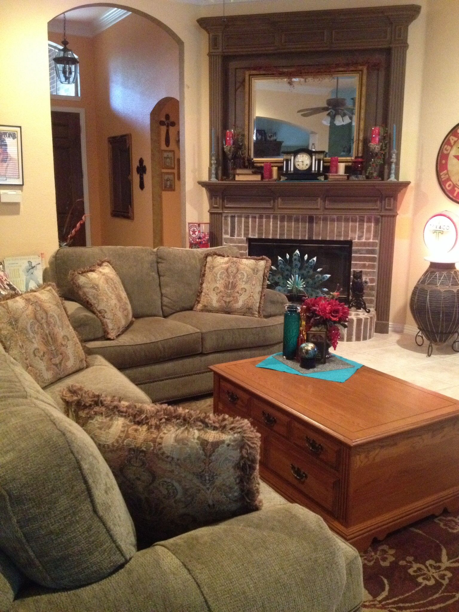 You can be comfy cozy with ideas from Elegant Interiors by ...