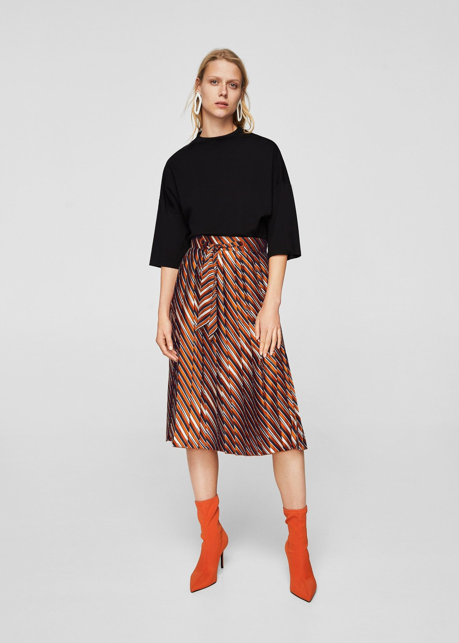 220b34138 Stripes pleated skirt - Women | Trend SS19: Stripe | Pleated skirt ...