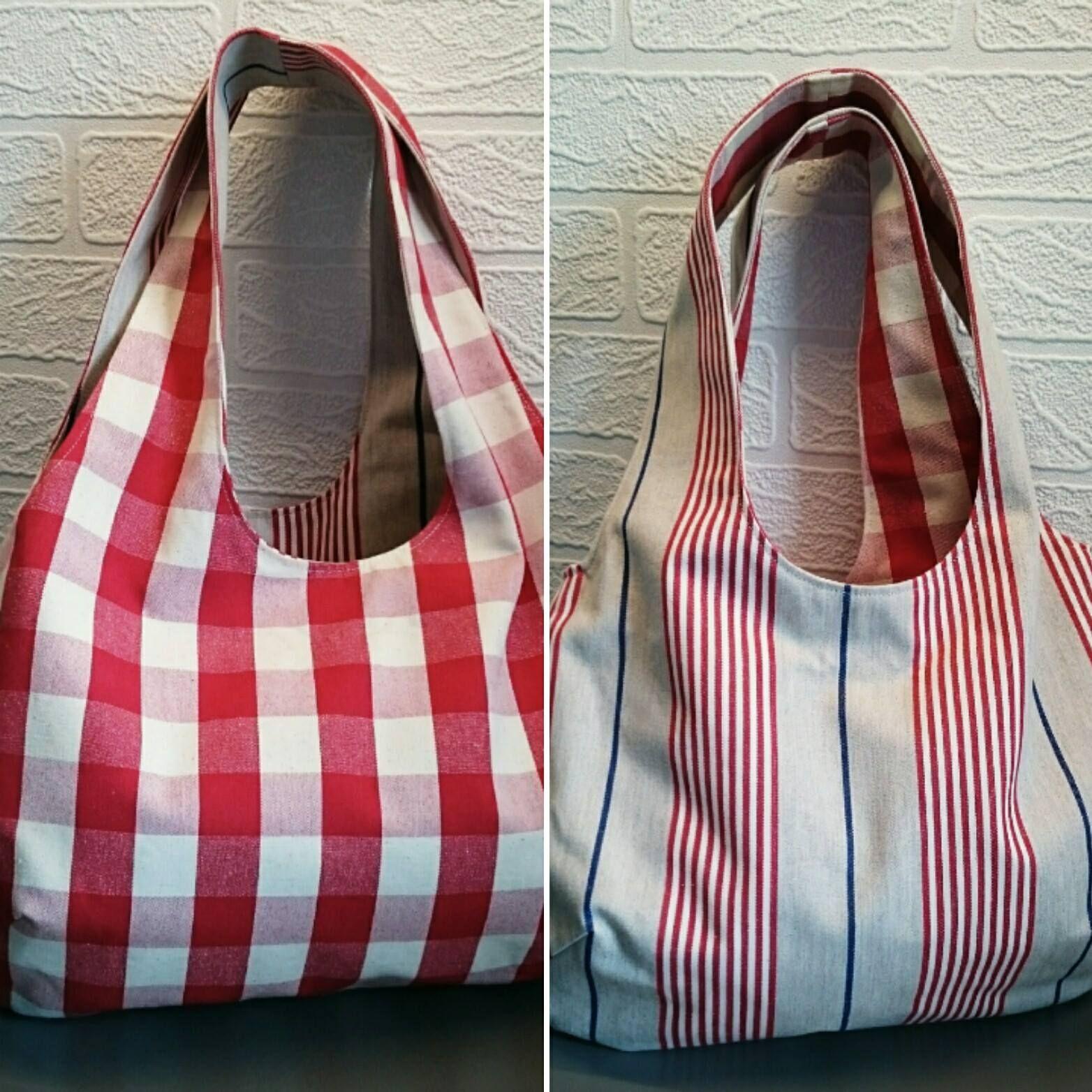 Bolsa de compras reversible hecha por Lisa Bee Textiles usando el patrón fabuloso de A V …