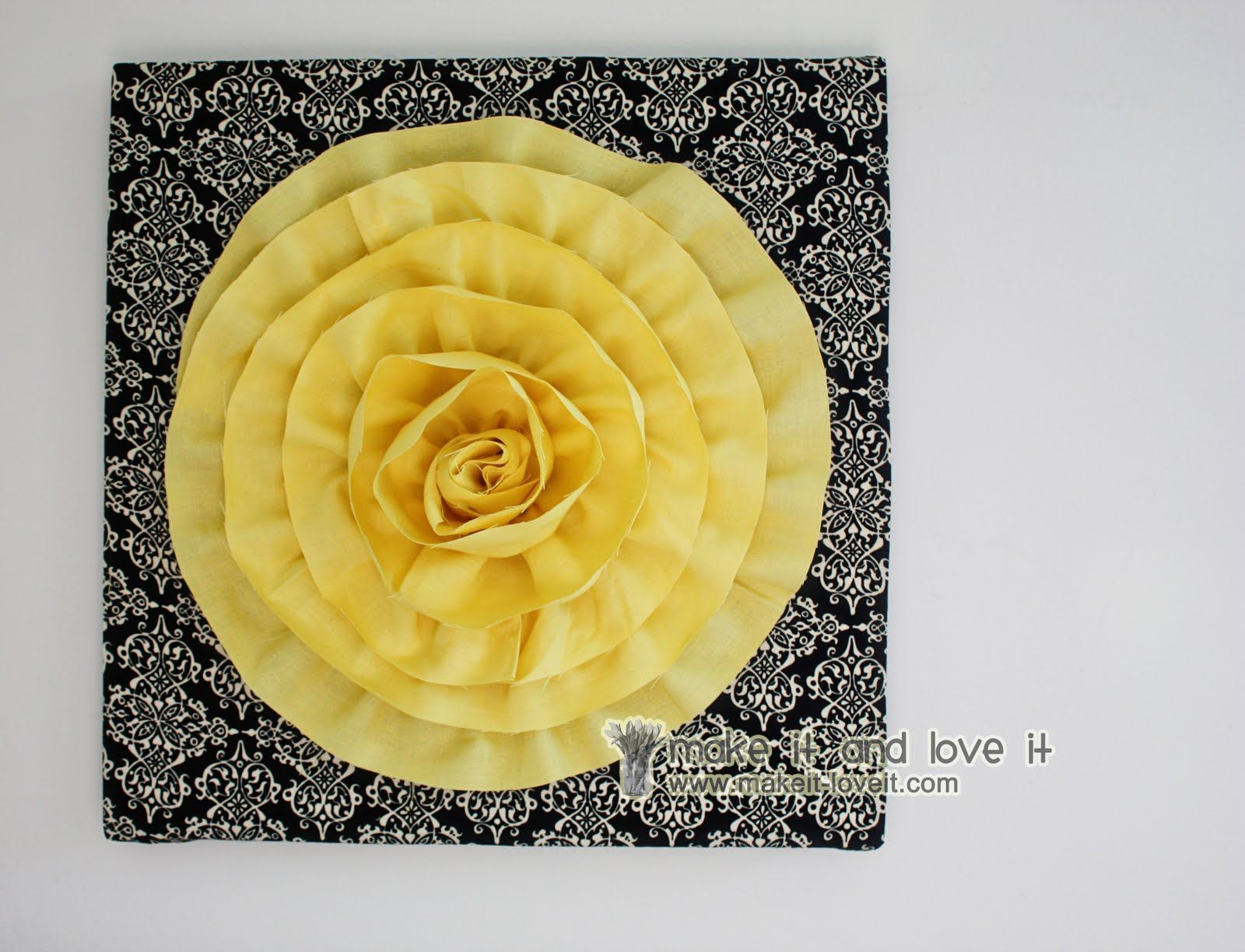 How to make this Flower Wall Hanging | Wall art | Pinterest | Flower ...