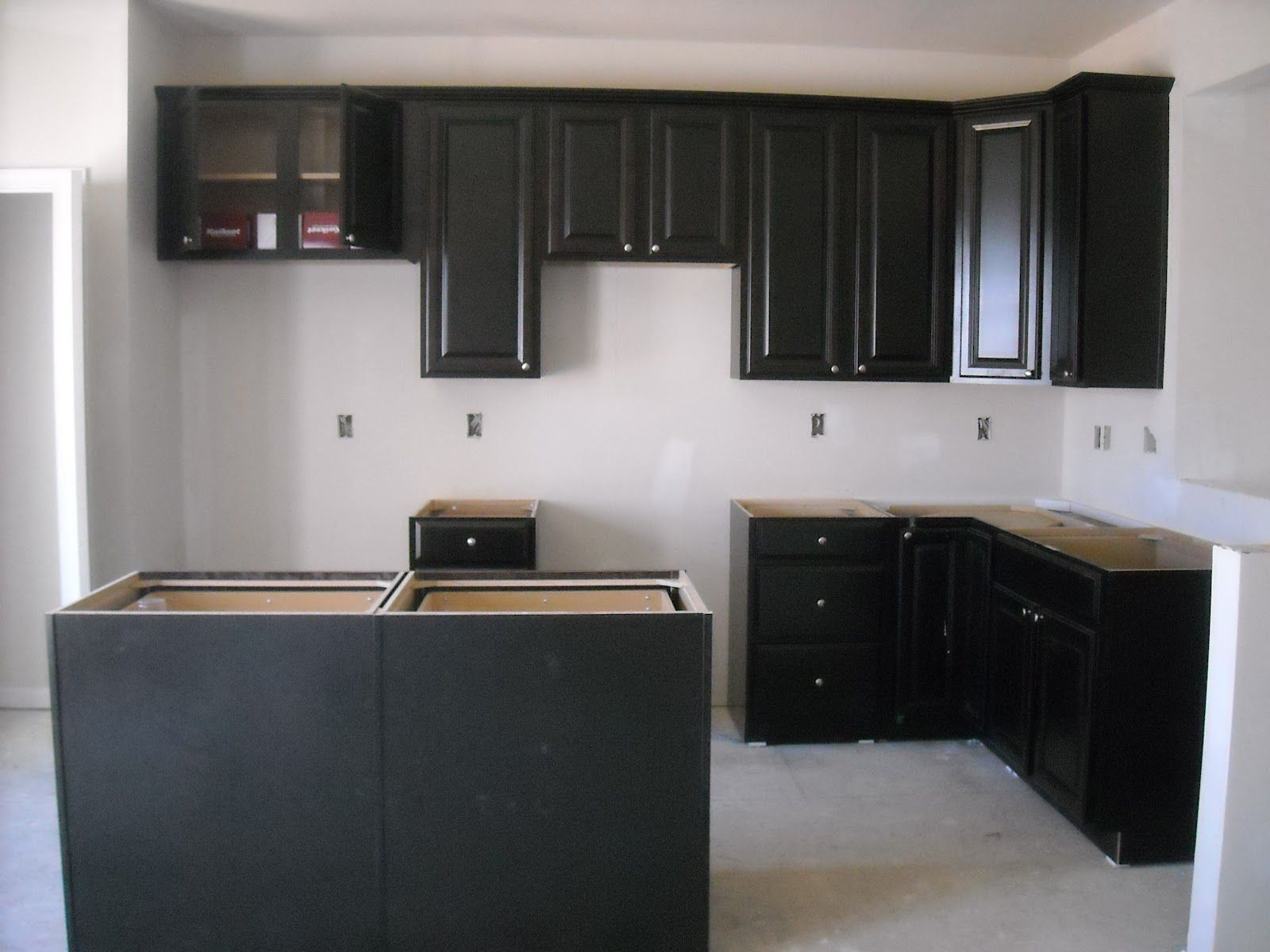 best way to paint kitchen cabinets a step by step guide painting