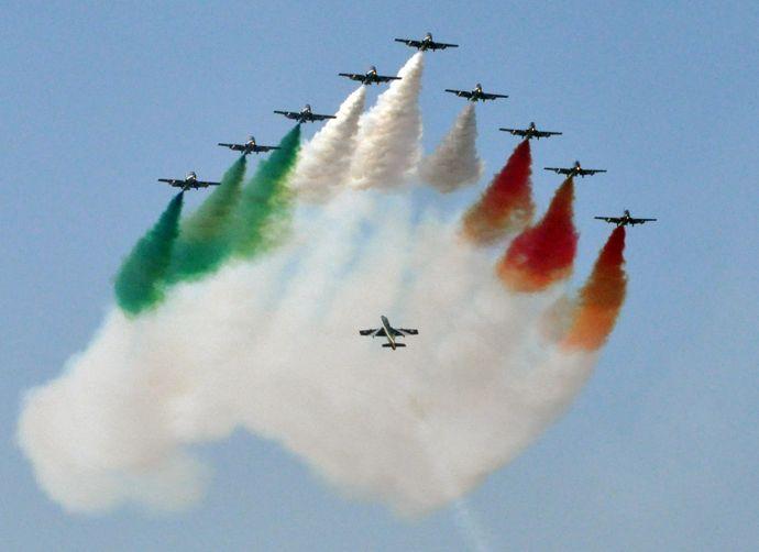 Frecce Tricolori - http://www.ambienteambienti.com/gallery/frecce-tricolori-a-san-nicola