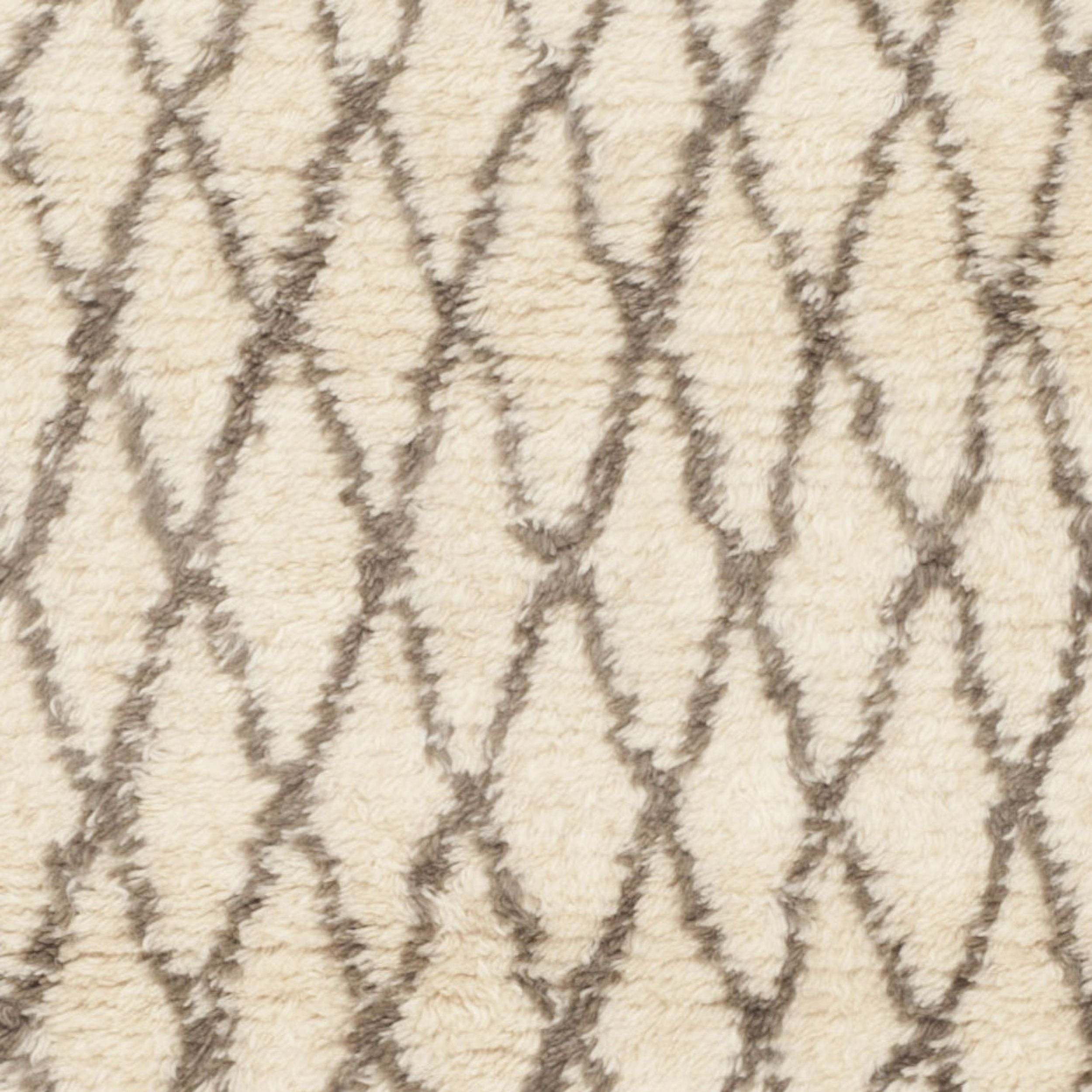 Safavieh Handmade Casablanca Moroccan White Grey N Z Wool Shag Rug 6 X 9 Overstock Com Shopping The Best Deals On 5x8 Wool Shag Rug 6x9 Rugs Safavieh