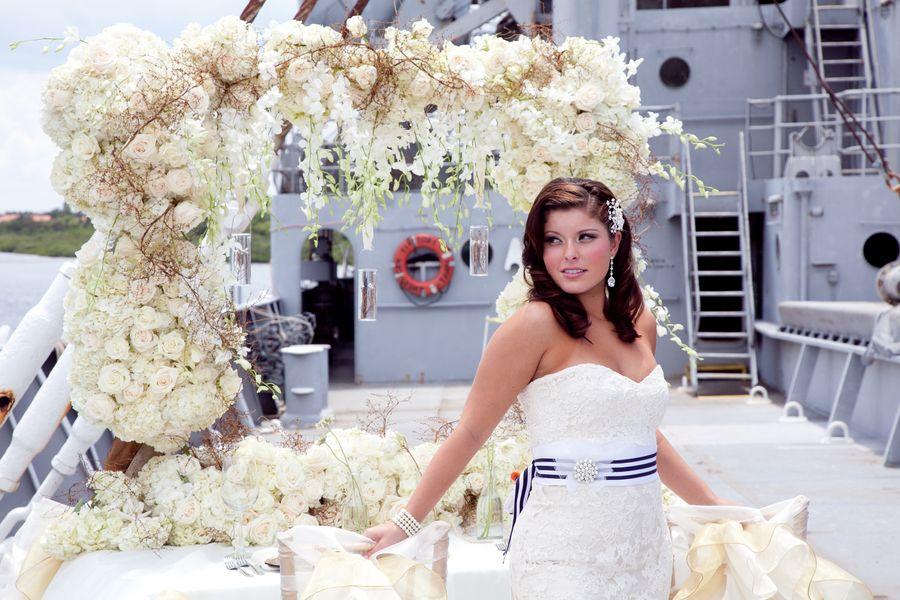 Modern Nautical Wedding Inspiration | Nautical wedding inspiration ...