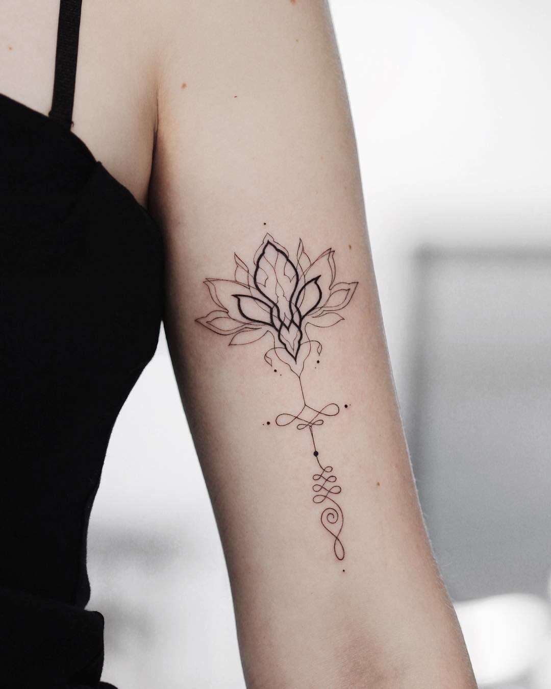 лотос геометрия татуировка ботаника идеи для татуировки Tattoo