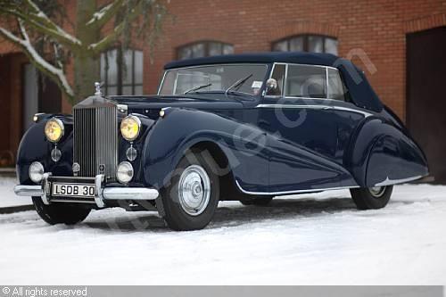 1950_Rolls-Royce_Silver_Dawn-2.jpg (500×333)
