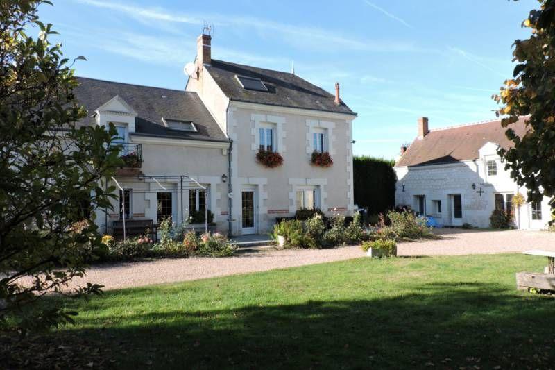 Les Hebergements De Chantal Et Vincent 41110 Couffy En 2020 Maison Style Maison D Hotes Loir Et Cher