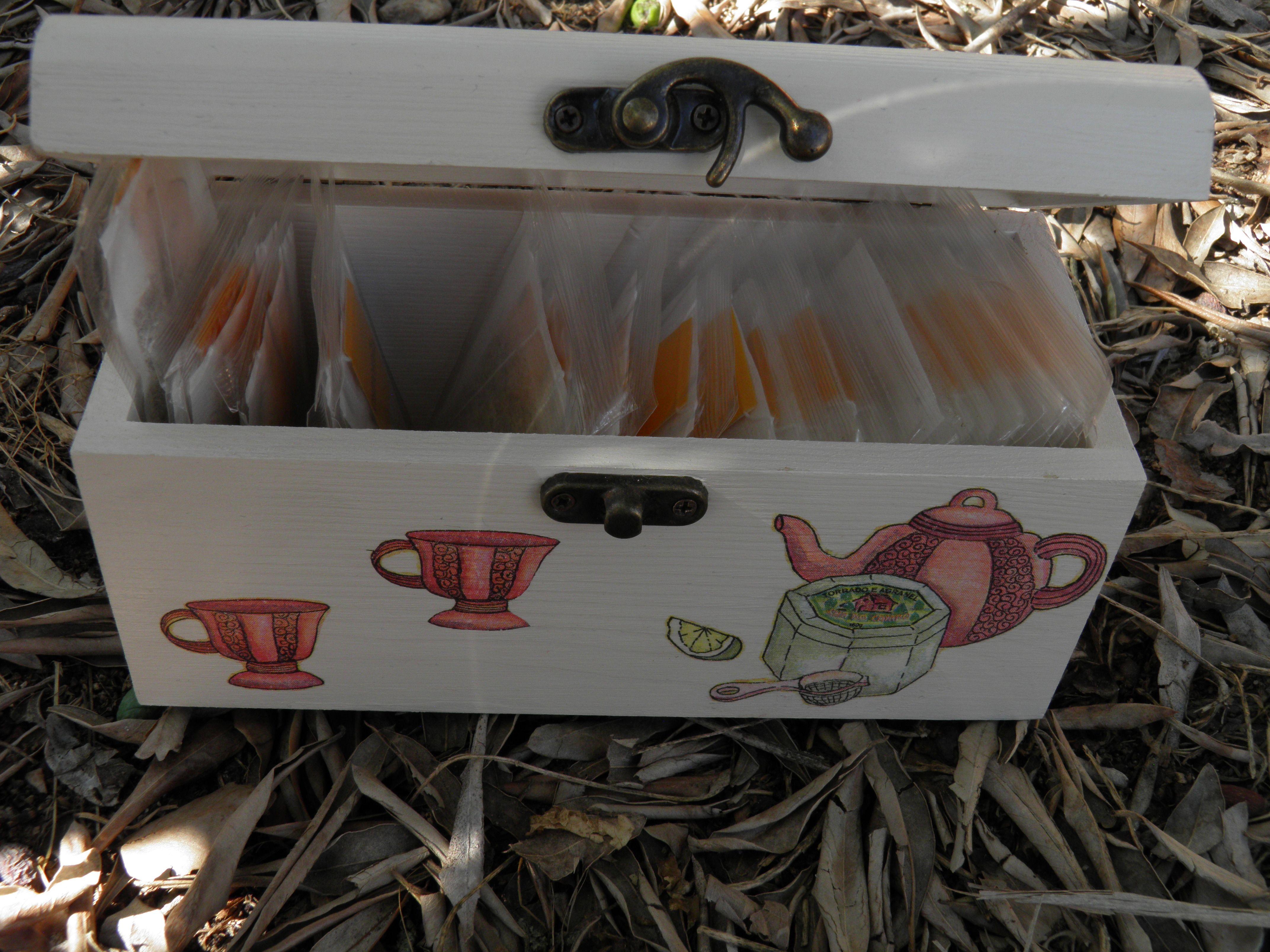 Caixa de chá (Madeira) interior