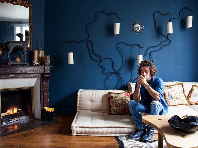 Constance Gennari On Instagram Un Nouveau Portrait De Deux Charmants Jeunes Hommes Drawing Room Blue Brown And Blue Living Room Neutral Living Room Colors