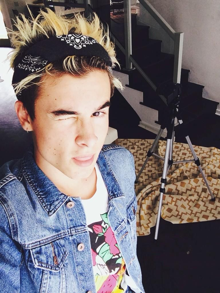 Are kian lawley and jc caylen dating. 20 advice dating free psychic reading.