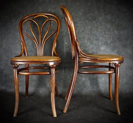 Antique No. 25 Chairs by Michael for Set of