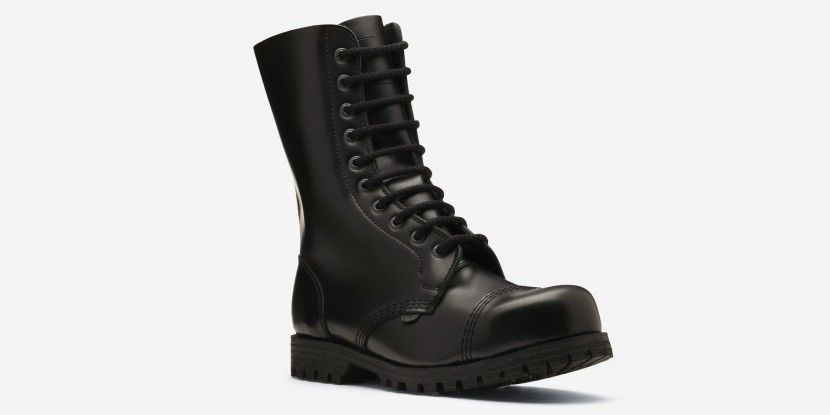 COMMANDO STEEL CAPS 10 EYELET BOOT BLACK LEATHER https://www.underground-cybershop.co.uk/steel-caps/commando-steel-caps-black-leather