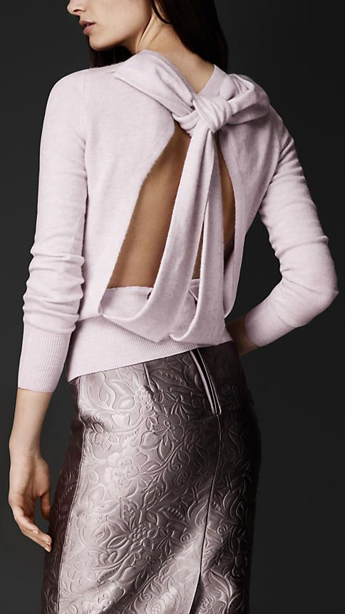 BURBERRY OPEN-BACK DETAIL SWEATER