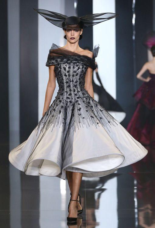 50er Jahre Kleid von Ralph & Russo Couture | Couture, Haute couture ...
