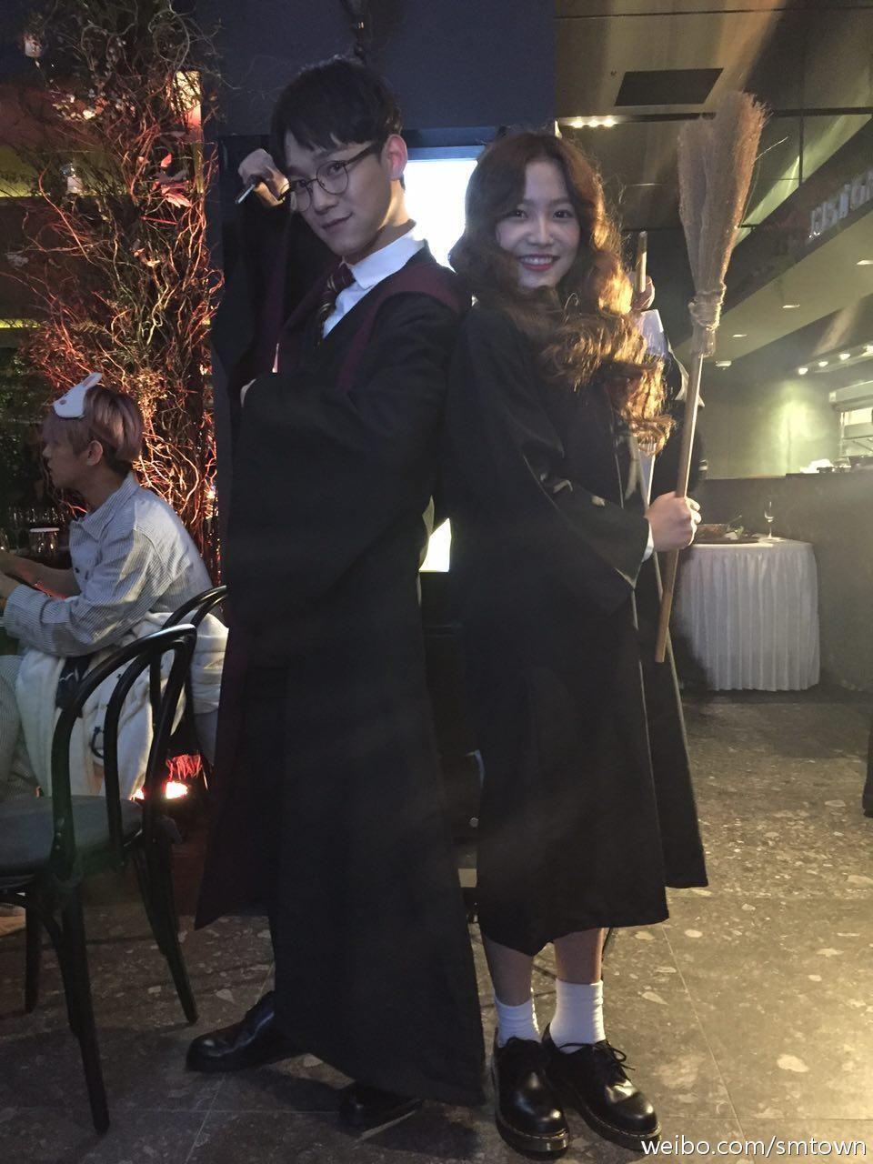 SM Halloween Party 151029 : SMTOWN WONDERLAND - Chen with Yeri of ...