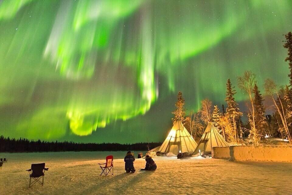 Earth Pics On Twitter Night In Yellowknife Canada Photography By C Kwon O Northern Lights Yellowknife Canada Photography