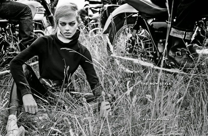 Vogue Italy Editorial October 2014 - Ondria Hardin by Solve Sundsbo
