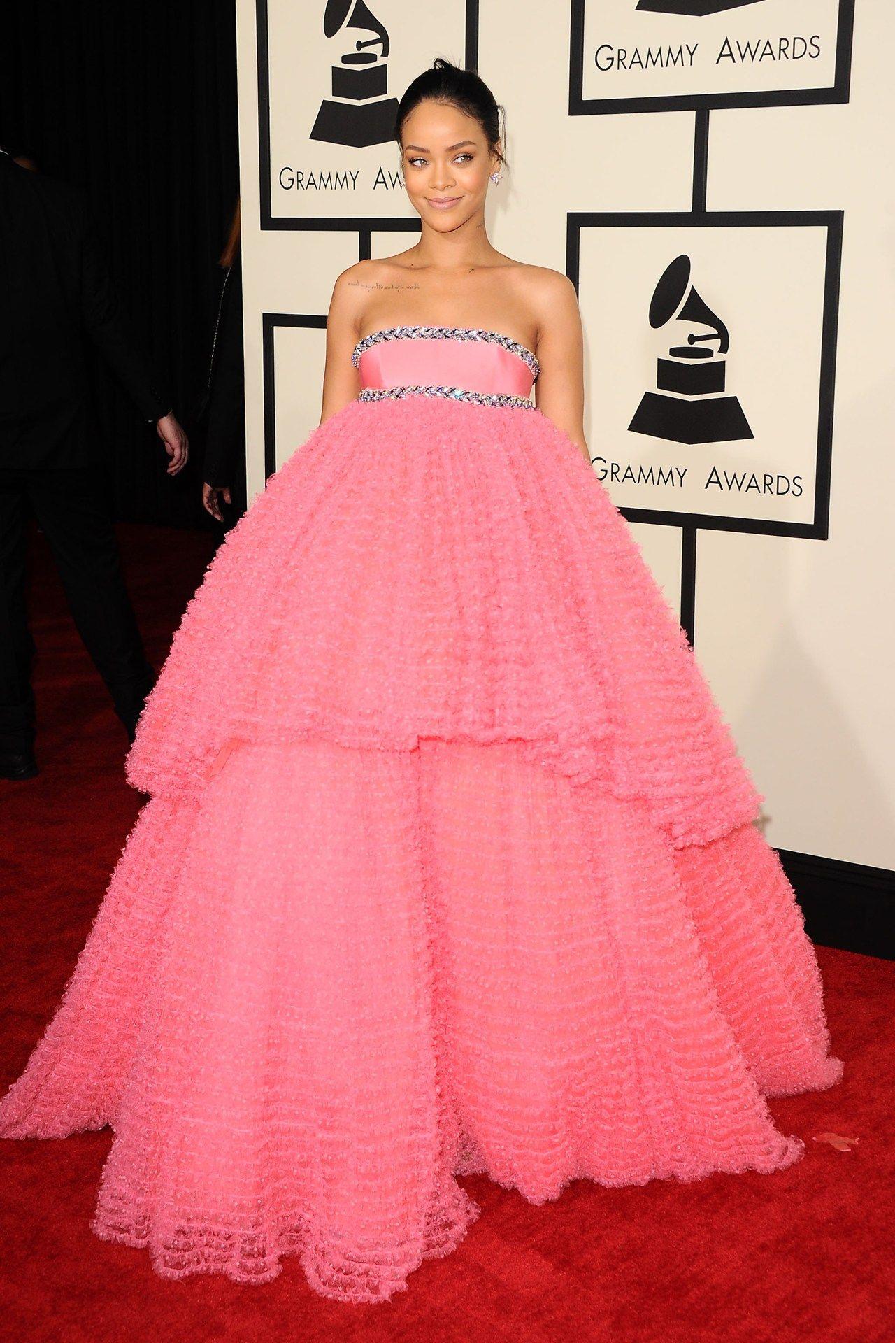 Grammy Awards 2015 | Diseño moda, Moda para damas y Elementos