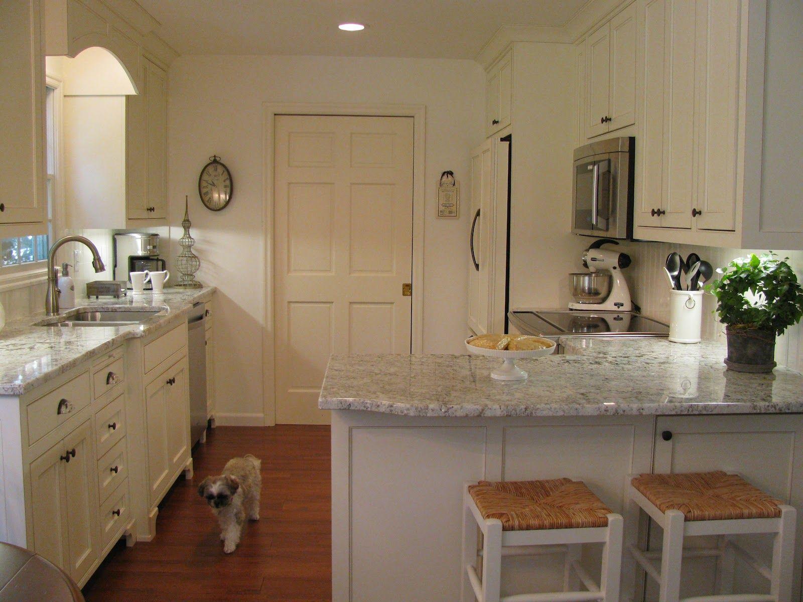 white galaxy granite on the countertops   Kitchen   Pinterest ...