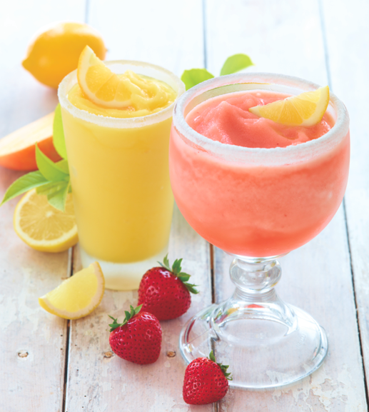 Applebee's Summer Squeeze  Cool off while you sip on summer with sparkling BACARDI LIMÓN (Straight from the Caribbean!), lemonade, a fresh lemon wedge, and a sugar rim. The Summer Squeeze is made to please. Choose your flavor: strawberry, mango, wildberry and regular. Offered Regular or Mucho.