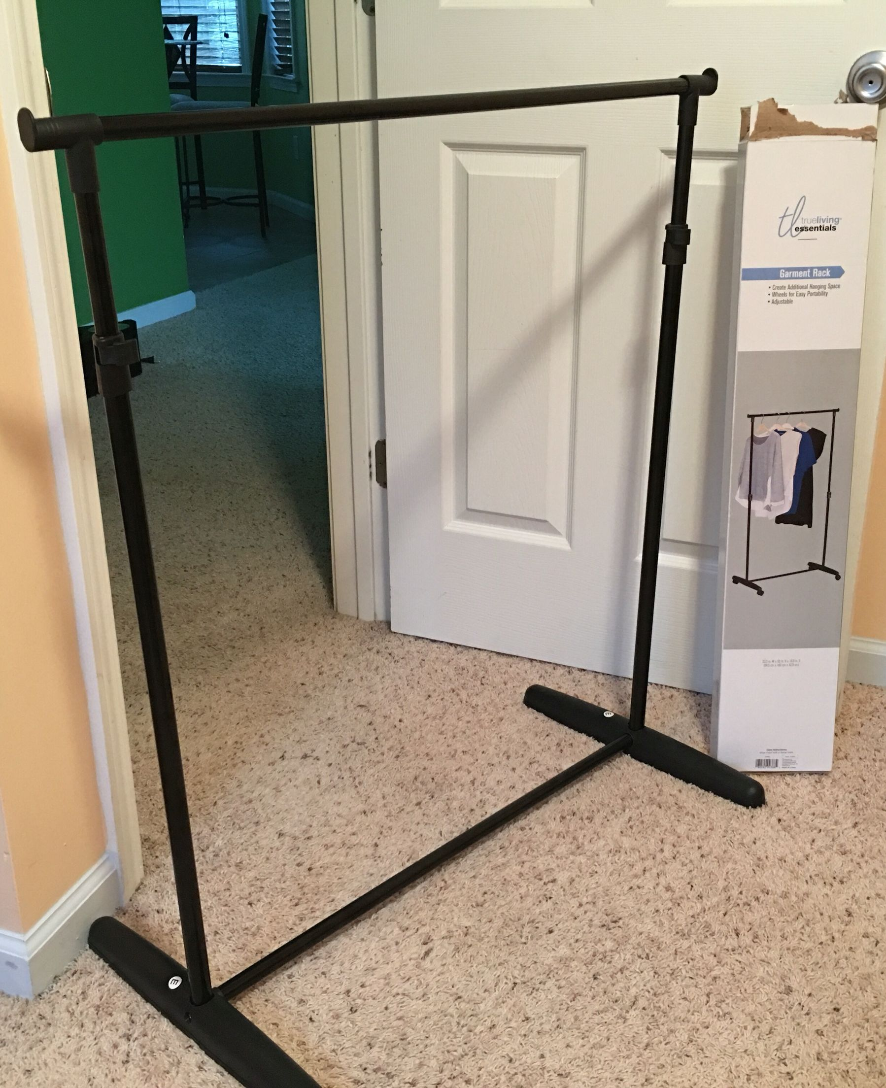 Easy, cheap DIY backdrop stand using a garment rack height
