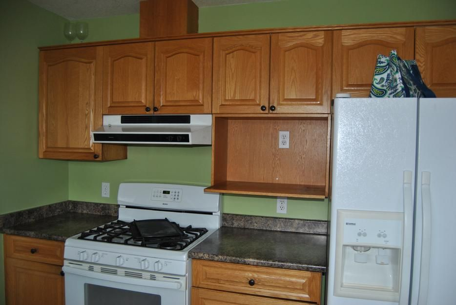 Solid Oak Kitchen Cabinets Amp Countertop For Sale ...