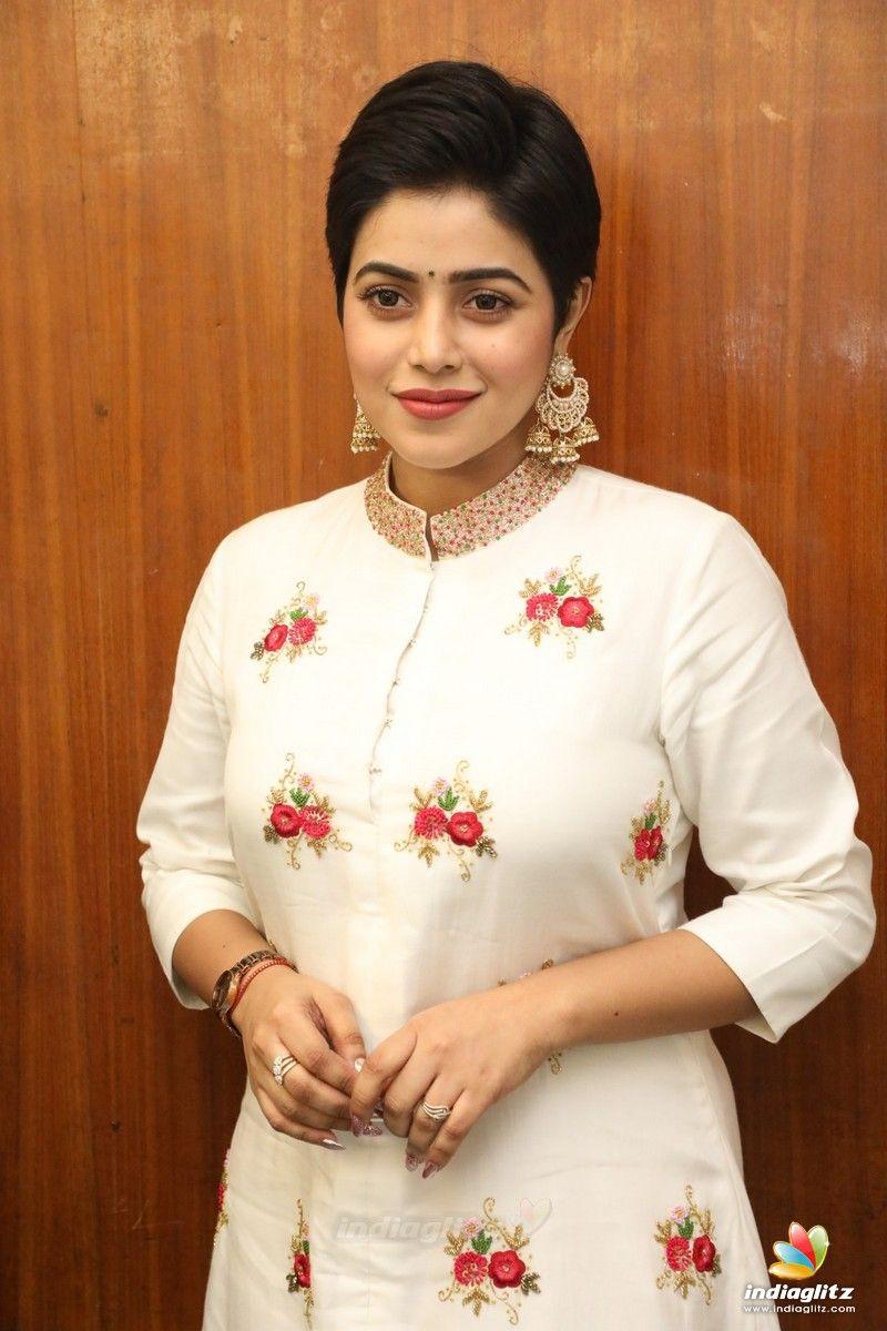 Poorna in 2020 Tamil actress photos, Tamil actress