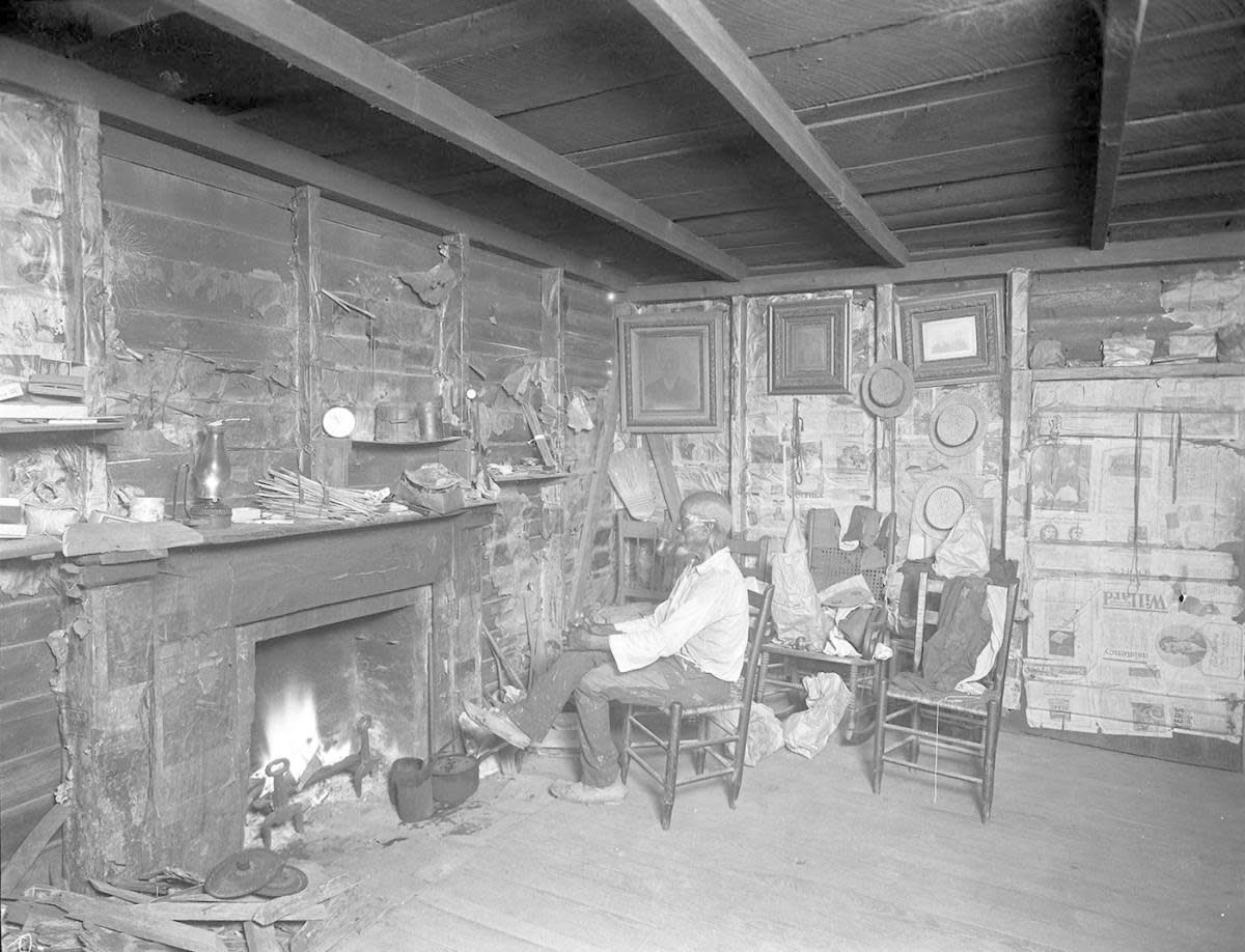 Cudjo Lewis At Home Credit Erik Overbey Collection The Doy Leale Mccall Rare Book And Manuscript Library University Of South Ala Survivor Slaves White Man