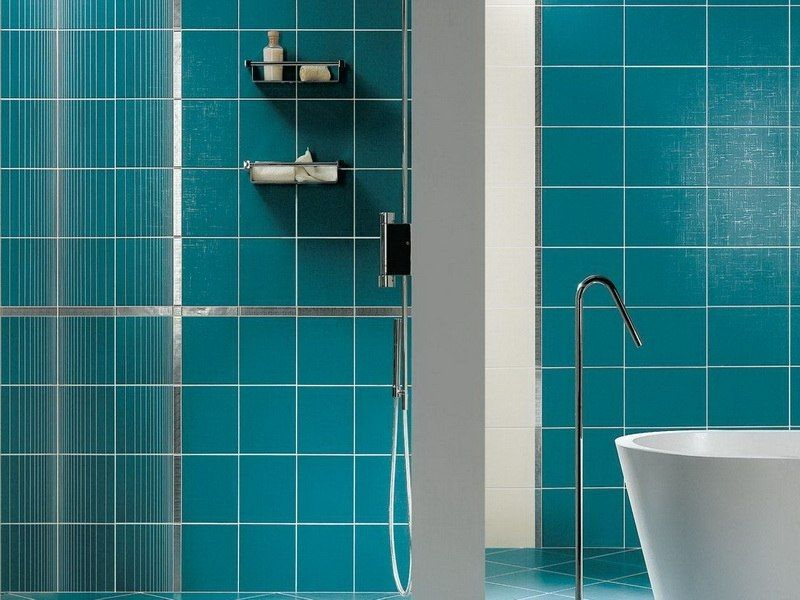 rev tement mural salle de bain 55 carrelages et alternatives rev tement mural bleu canard. Black Bedroom Furniture Sets. Home Design Ideas