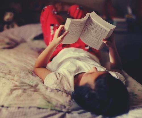 El placer de la lectura ;) #posiciónhorizontal #libro #placer