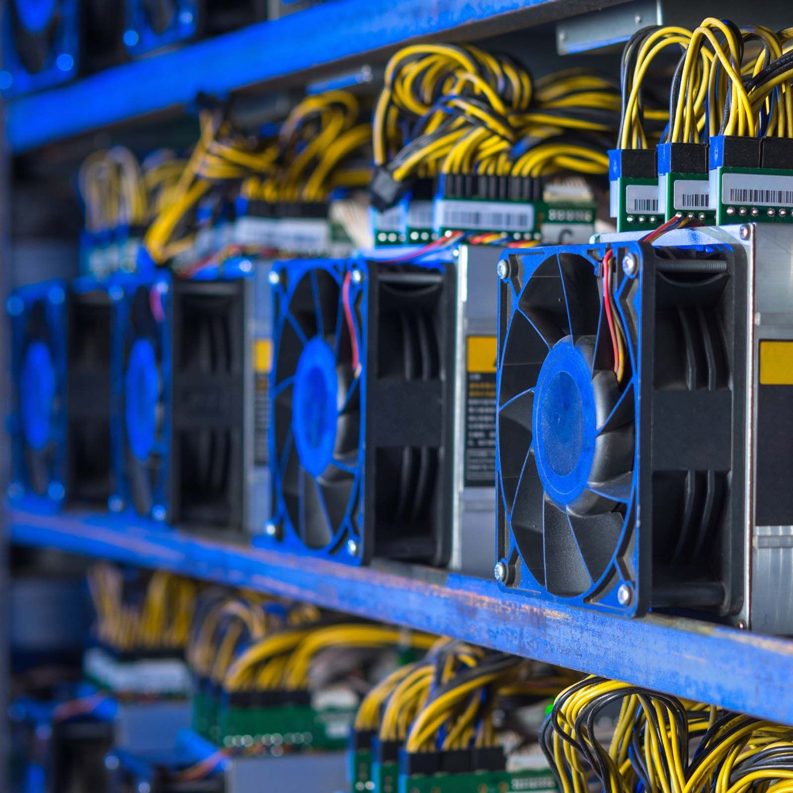 CryptoNews on | Bitcoin mining hardware, What is bitcoin ...